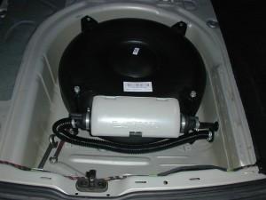 Autogas Umrüstung - Gastank in der Reserveradmulde